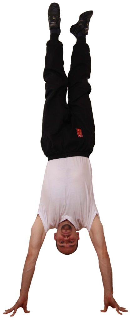 Kung Fu Handstand