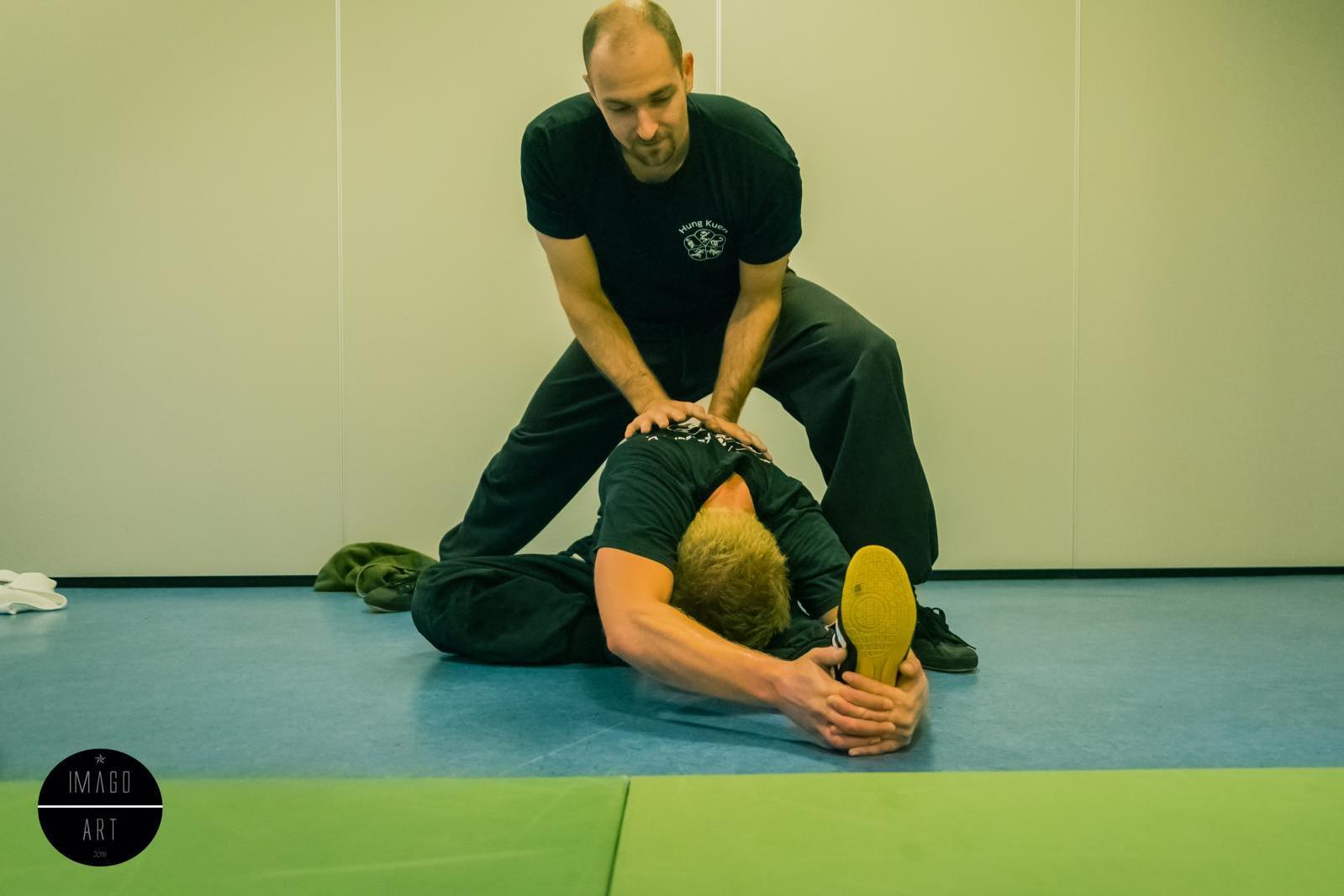 Wir unterstützen uns Gegenseitig im Training
