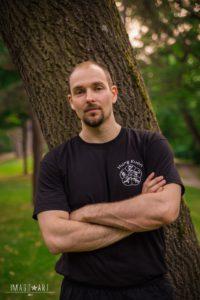 Trainer Pinus Hauser